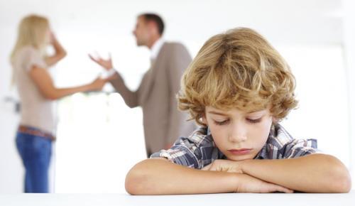 Çözülemeyen problemler en çok o evin çocuklarına zarar verir.