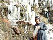 Ardahan'da soğuk hava nedeniyle şelale dondu! Selfie…