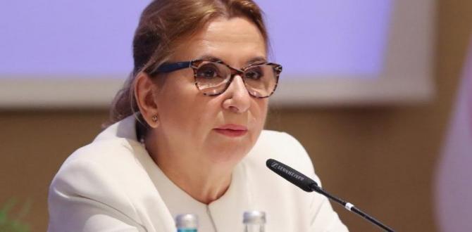 Ruhsar Pekcan görevinden alındı